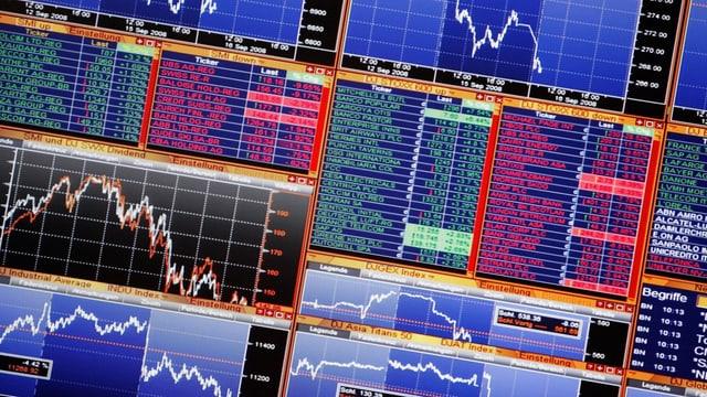 Blick auf Bildschirme an der Schweizer Börse.