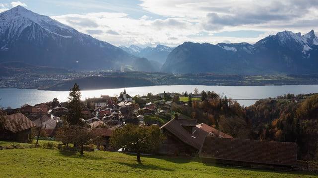 Video ««SRF bi de Lüt – Unser Dorf» (1) vom 08.02.2013» abspielen
