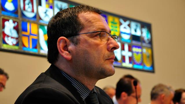 Filip Dosch en la sala dal Cussegl grond.