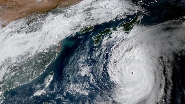 Ein Bild des Taifuns.