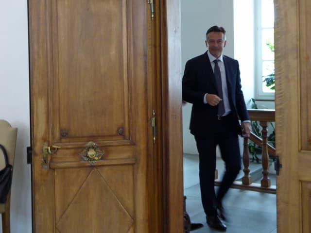 Der neuegewählte Ständerat Hans Wcki