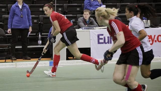 Am Hallen-Europacup in Litauen haben die Damen von Rotweiss Wettingen den Aufstieg in die höchste Division verpasst.