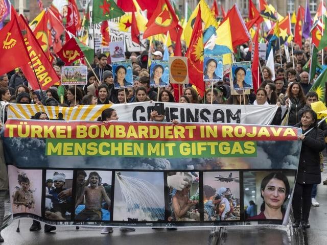 In den ersten Reihen des Demonstrationszuges liefen praktisch ausschliesslich Frauen.