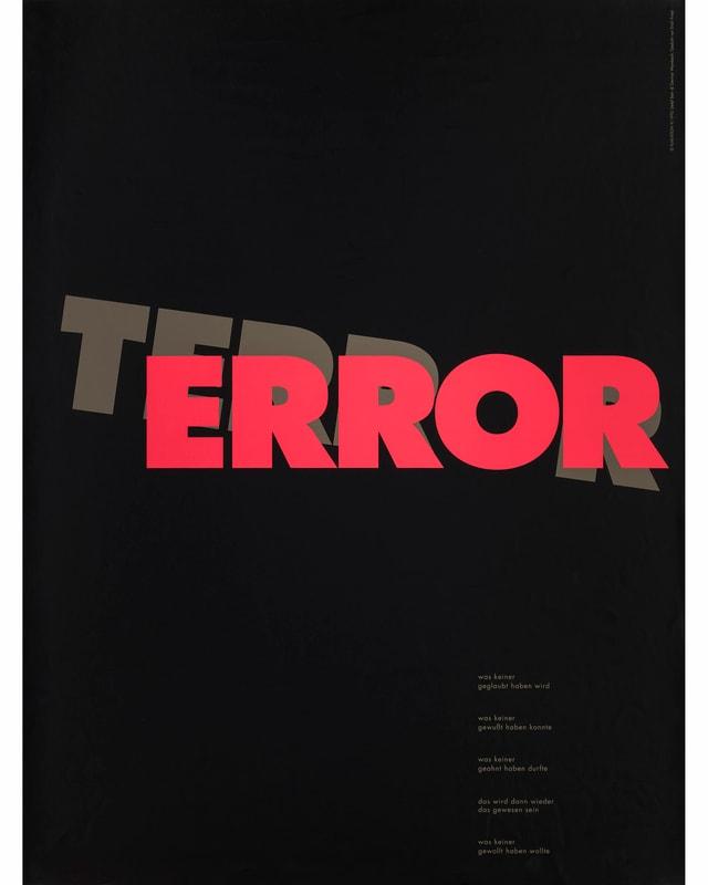 Auf schwarzem Hintergrund dunkelgrau das Wort TERROR, in Rot verschoben davor die Buchstaben ERROR