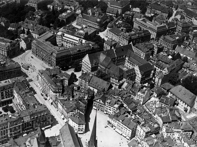 Paradeplatz von oben.