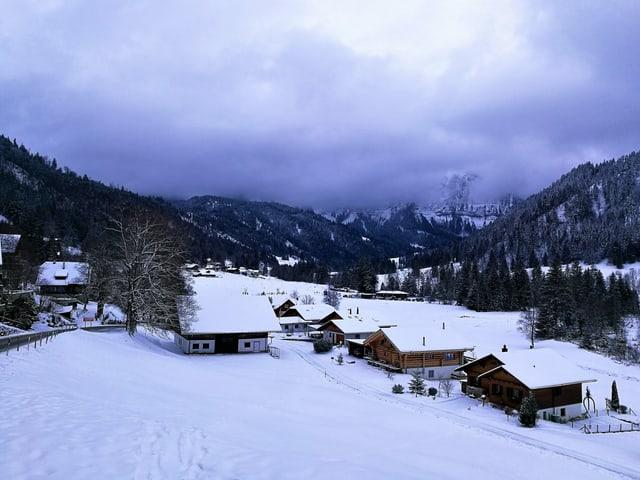 Blick auf eine Winterlandschaft.