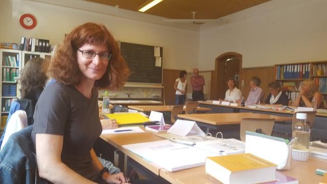 La classa da principiants, cun Dorothèe Gödickemeier.