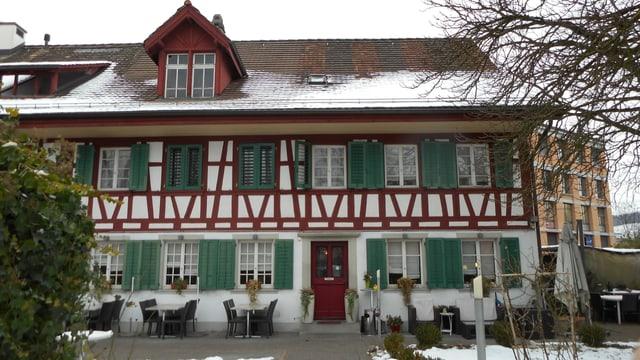 Video «Restaurant Tiefenbrunnen in Winterthur - Tag 4» abspielen