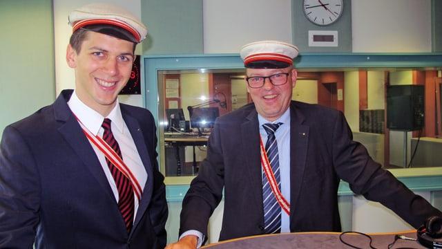 Portrait der beiden Verbindungsmänner im Radiostudio