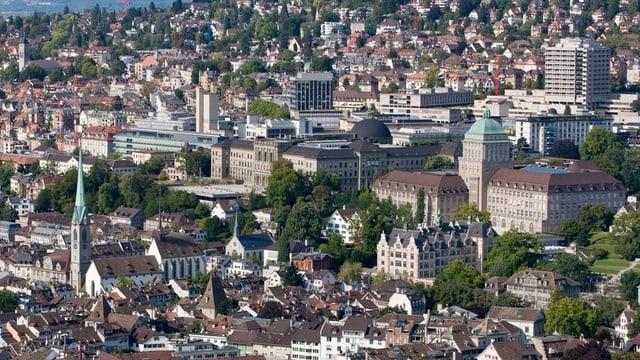 Eine Luftaufnahme der Zürcher Altstadt und des Hochschulquartiers.
