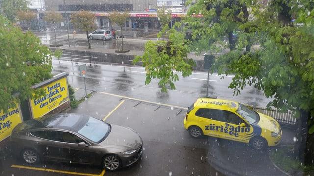 In Rapperwil (SG) fielen am Sonntagmorgen Schneeflocken.