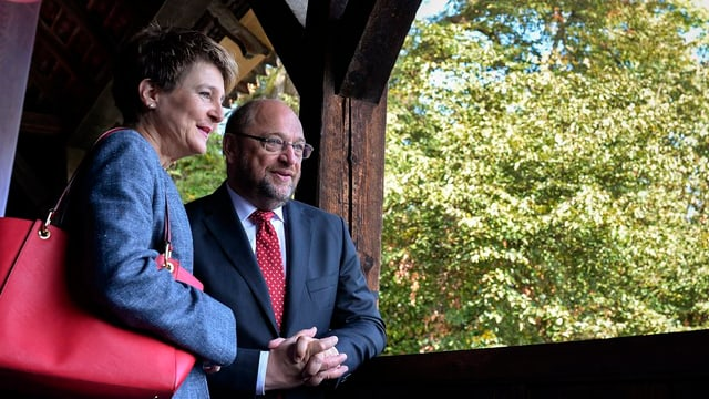 Cussegliera federala Simonetta Sommaruga cun il president dal parlament europeic Martin Schulz.