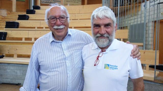 Il medi d'uffants Rolf Maibach (sanester) e Christian Hassler ch'ha manà 31 onns l'interpresa Energia Alternativa.