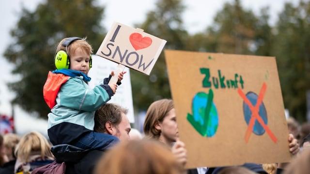 Demonstraziun per il clima