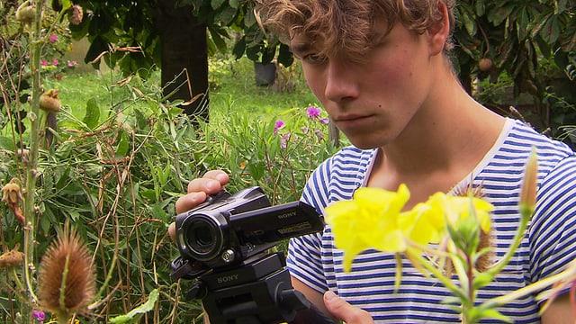 Video «Safari im Garten: Auf Leben und Tod (1/3)» abspielen