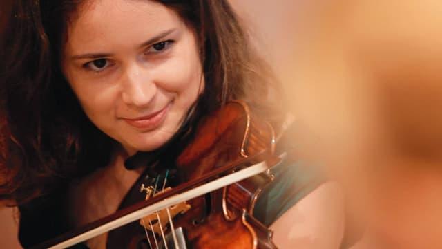 Video «Patricia Kopatchinskaja: «Ich habe dich spielen gehört»» abspielen