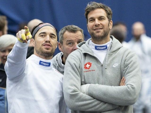 Max Heinzer (links) und Benjamin Steffen (rechts) stehen nebeneinander.