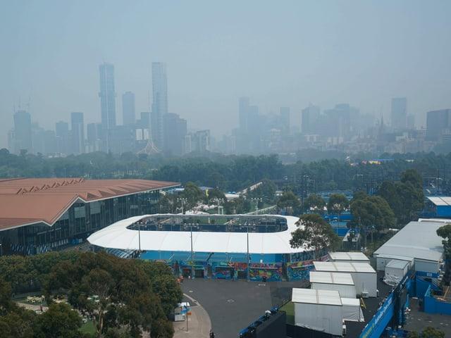 Melbourne ist in dicken Rauch gehüllt.