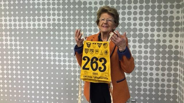 Françoise Stahel mit einer alten Startnummer.