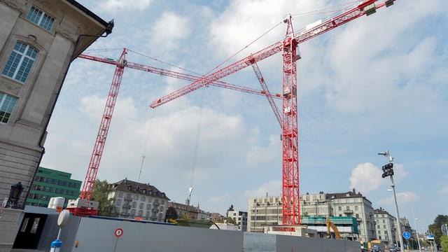 Die Baustelle, wo der neue Hauptsitz der Swiss Re entstehen soll.