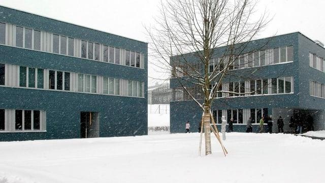 Das verschneite Massnahmenzentrum Bitzi