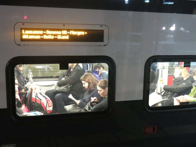 Leute im Zug