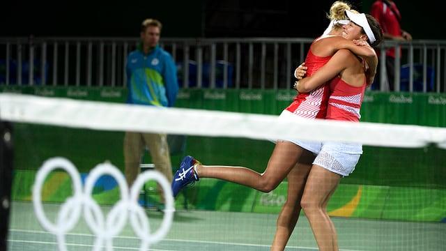 Las dunnas da tennis sa legran als gieus olimpics a Rio.