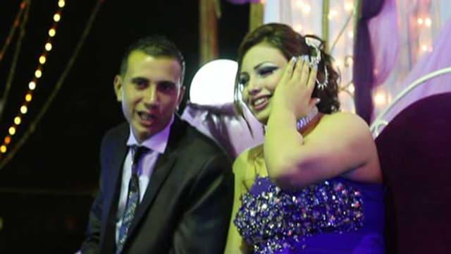 Ein Liebespaar auf einem Fest in Ägypten.