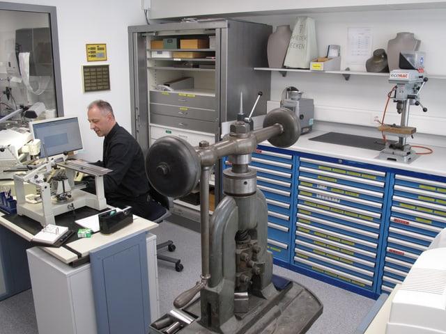 Das Goldschmied-Atelier.