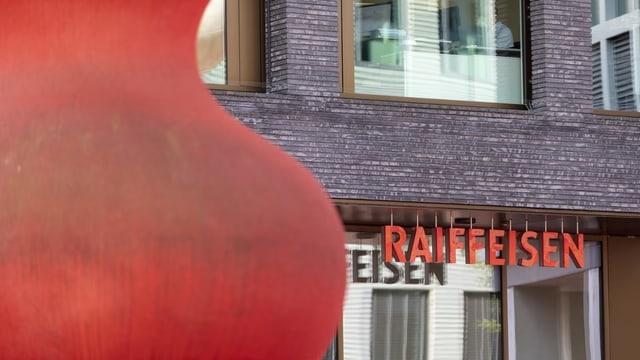 Il sez principal da la Raiffeisen a Son Gagl.