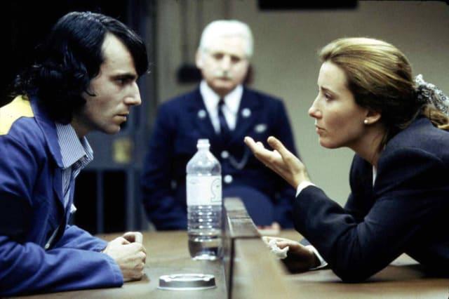 Mann und Frau reden miteinander