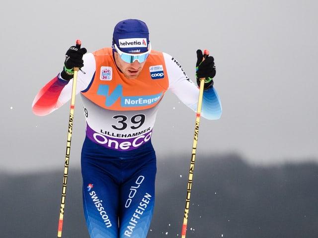 Dario Cologna glückt der Auftakt in die Distanzrennen.