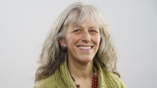 Porträt der Luzerner Politikerin Monique Frey.