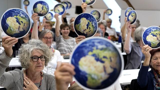 Die Klimaseniorinnen an der ihrer Generalversammlung 2017.