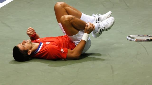 Novak Djokovic verletzte sich im Davis Cup am Knöchel.