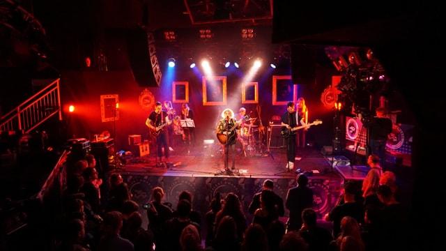 Avec durant il concert al Eurosonic Festival a Groningen