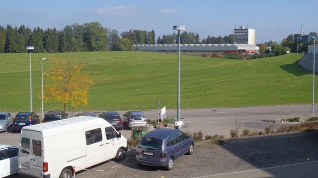 Das Grundstück «Rütihof» zwischen dem Wädenswiler Stadtzentrum und der Autobahnzufahrt.
