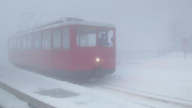 Rigibahn im Nebel.