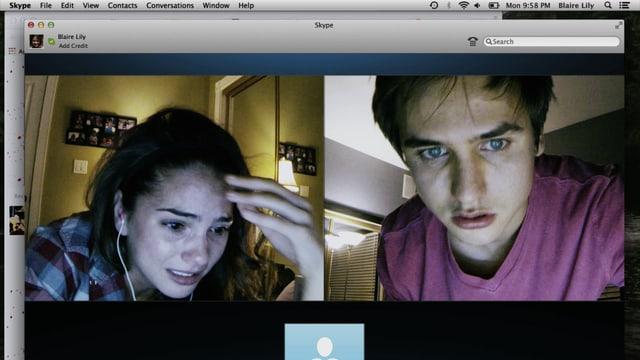 Junge und Mädchen auf einem Bildschirm