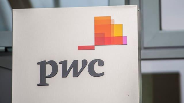 PWC-Firmenschild