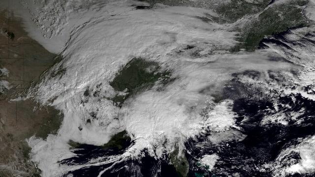 Satellitenbild der USA und Kanada vom 7. Februar 2013: Winterstürme über Kanada und dem Nordosten der USA sind zu sehen