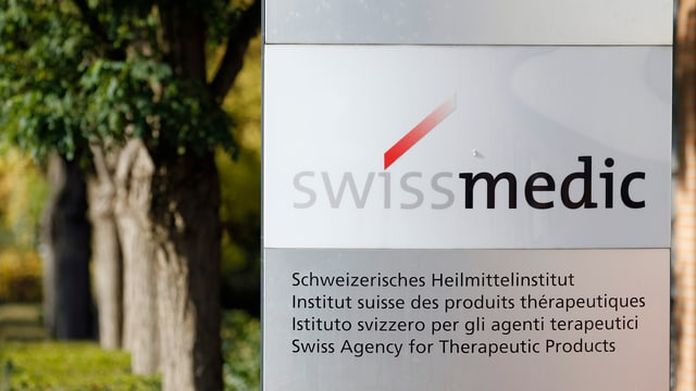 Purtret dal logo da Swissmedic.