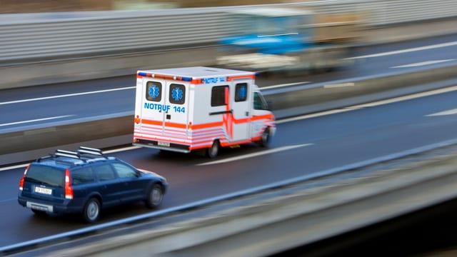 Krankenauto unterwegs.
