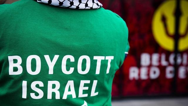 Ein T-Shirt mit der Aufschrift «Boycott Israel».
