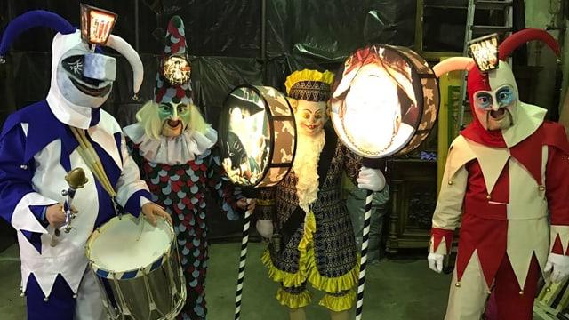 Traditionelle Basler Kostüme.