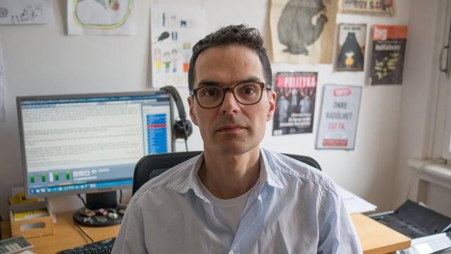 Porträt Urs Bruderer, Radio-Korrespondent Osteuropa, ist in Prag stationiert.