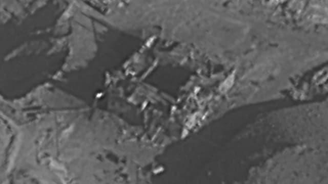 Luftaufnahme des mutmasslichen Reaktors in Syrien, welcher durch israelische Luftangriffe zerstört wurde.