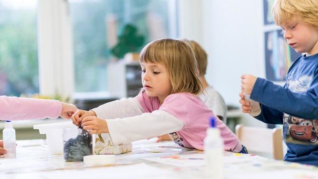 Mehr Kinder, weniger Kindergärtnerinnen: Die Kindergärten bereiten dem Volksschulamt Sorge.