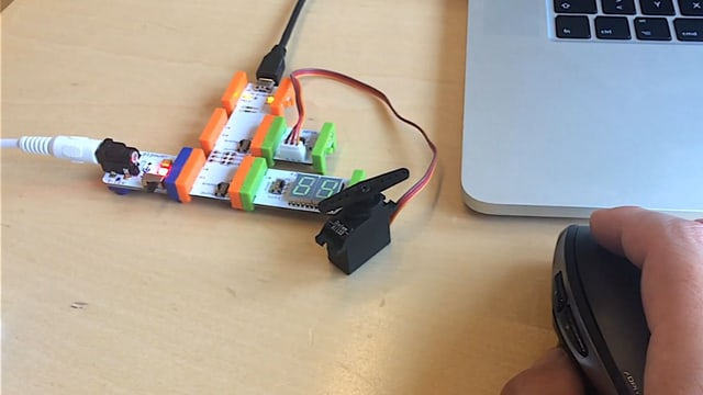 Arduino LittleBits in Action.