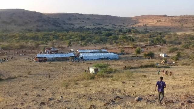 Mitten in der Steppe im sudanesischen Grenzgebiet liegen zwei Flüchtlingslager.